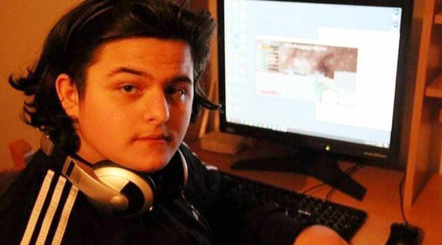 Ky është djaloshi që krijoi lojën TimeZoid